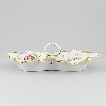 A 'Queen Victoria' porcelain double leaf fancy dish from Herend, Hungary.