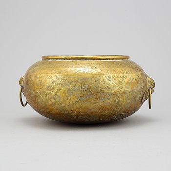 A large Chinese brass censer, early 20th century.