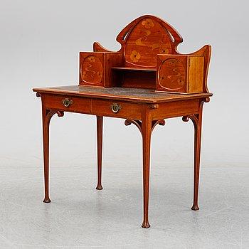 An Art Nouveau writing desk, around 1900.