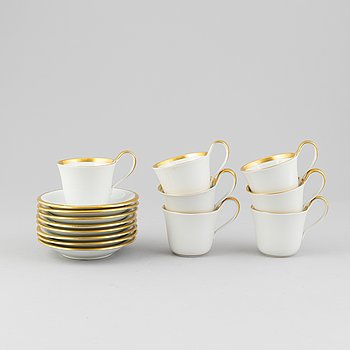 Bing & Gröndahl, a set of seven porcelain cups and saucers.