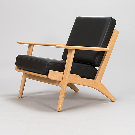Hans j wegner, a 2004 'ge-290' armchairs for getama.