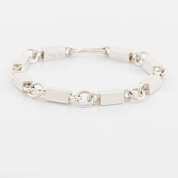 Wiwen Nilsson, silver bracelet.