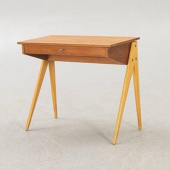 Yngve Ekström, A mid 1900s teak and birch vanity table.