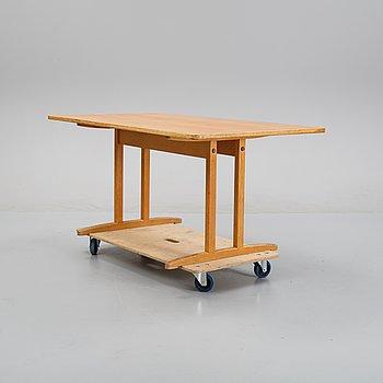 An oak 'Shaker' dining table by Børge Mogensen for Karl Andersson och söner, second half of the 20th Century.