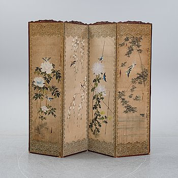 A Japanese folding screen, early 20th Century.
