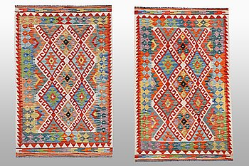 Two kilim rug, ca 126 x 83 and 130 x 84 cm.