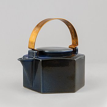 Signe Persson-Melin, a 'Six Sided' stoneware teapot, Rörstrand.