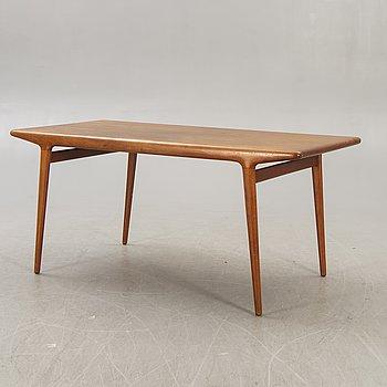 A Johannes Andersen teak 1960s  dining table.