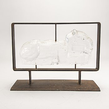 Erik Höglund, a glass and metal sculpture.