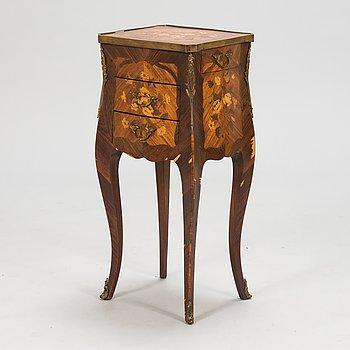 Lampbord, Franrike, 1900-talets mitt.