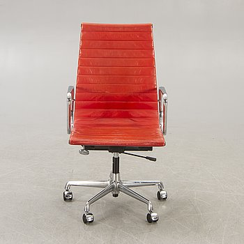 Charles and Ray Eames, an EA 119 officde chair for Vitra.