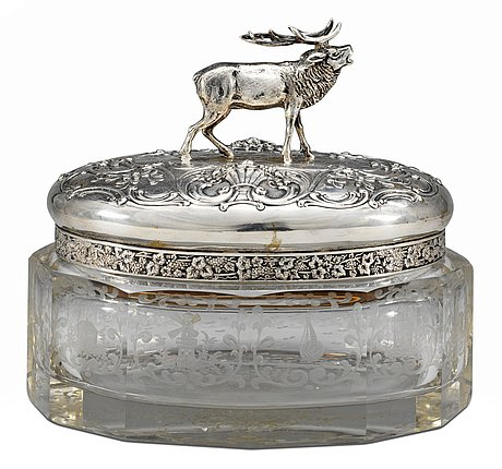 A glass and silver box and cover, prob. holland around the turn of 19th/20th century.