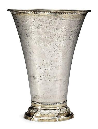 A swdish 18th cent silver beaker, marks of anders hjulström, köping 1792.