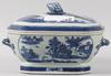Terrin, porslin, kina, 1800-talets första hälft.