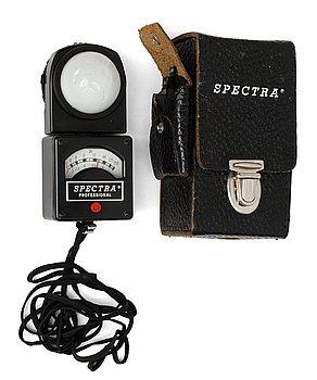 LIGHT METER, Spectra Professional Model P-251, No 17069, USA. Burbank Calif. USA. A division of Kollmorgen Corp. Origina...