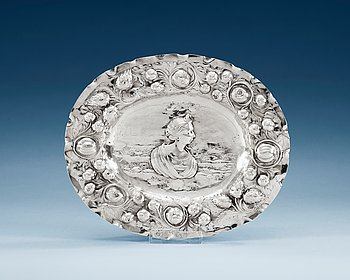 786. A SWEDISH SILVER SWEETMEAT-DISH, Makers mark of Henning Petri, Nyköping 1699.
