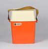 "Picknickset, plast, ""taffel"", design sigvard bernadotte 1959"