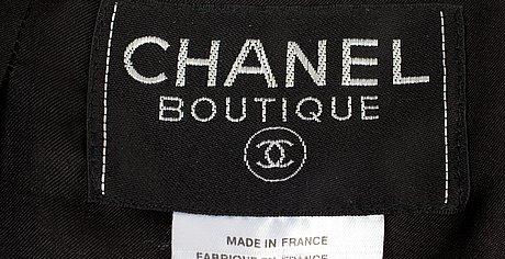 A two-piece chanel suit, autumn 1998.