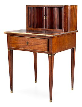 489. A late Gustavian late 18th Century writing desk.