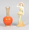 Figurin samt vas, porslin, coalport, england. aristo, danmark. 1900-tal.