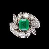 Ring, step cut emerald and brilliant- and eight cut diamonds, tot. app. 3 cts.