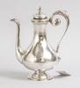 Kaffekanna, silver, nyrenässans, gustaf theodor folcker, stockholm 1874.
