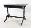 Salongsbord, nyrenässans, sent 1800-tal.