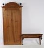 Spegel med konsolhylla, nyrenässans, sent 1800-tal.