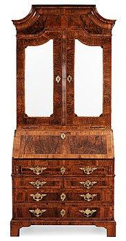 483. A Queen Anne 18th century walnut veneered Bureau-Cabinet.