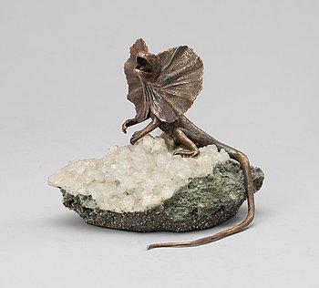 84. A late 20th Century silver figure.
