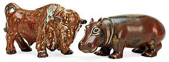 394. GUNNAR NYLUND Figuriner, 2 st, Rörstrand.