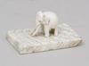Brevpress, ben, alabaster. 1800-tal.