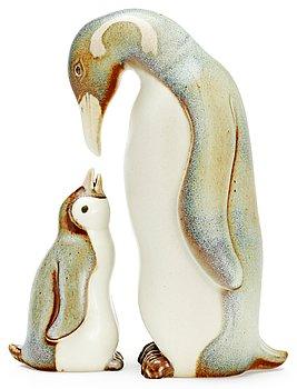 353. GUNNAR NYLUND  Figuriner, 2 st, Rörstrand.
