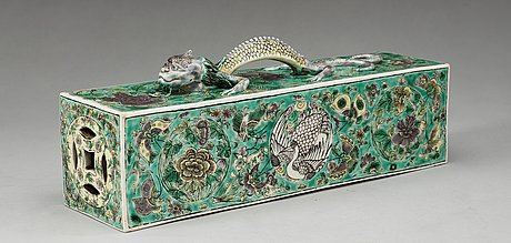 A rare famille verte scroll weight, qing dynasty.