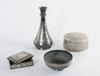 Vas, askar och skÅl, 4 delar, metall, orientaliskt.