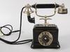 Telefon. rikstelefon, lm ericsson. 1900-talets första hälft.