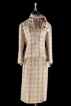 1205. A 1970s two-piece costume by Chanel.