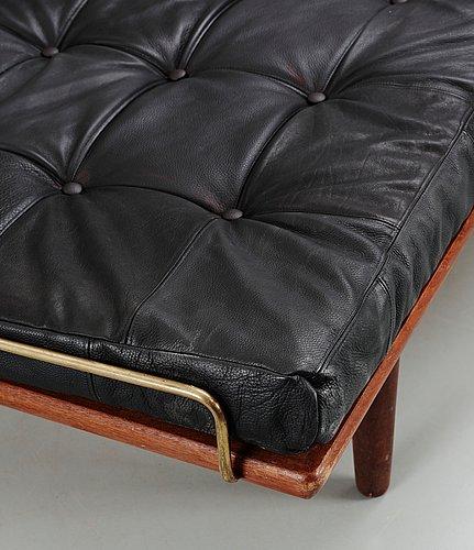 953 A Hans J Wegner Oak And Black Leather Daybed Getama Denmark 195 Pictures
