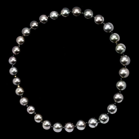 A cultured tahiti pearl necklace, 14,5-12 mm.