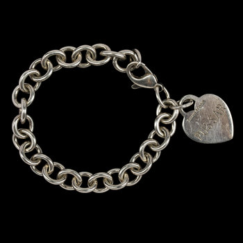 1007. BRACELET, Tiffany & Co, silver, heart pendant.
