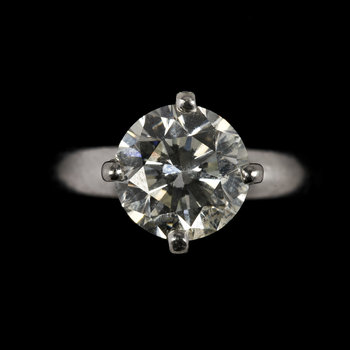 1002. RING, brilliant cut, 1.72 cts.