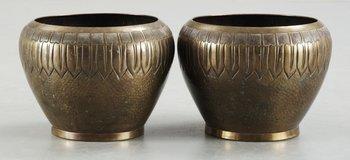 78. A pair of Swedish brass jars. Makers mark Edvard Johansson, Norrköping.