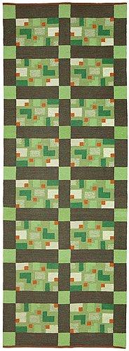 Carpet. rölakan (flat weave). 418,5 x 150 cm. eva-lisa nordin 1979.