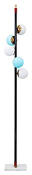 15. A black lacquered iron and brass floor lamp, attributed to Stilnovo, Italy 1950's.