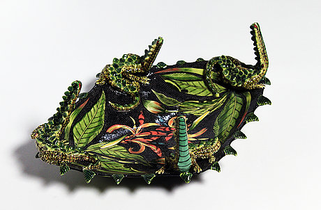 Crocodile platter.