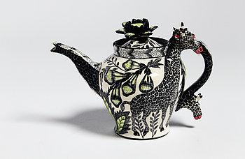 11. Giraffe Teapot.