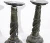 Pidestaler, ett par, sten, 1900 tal