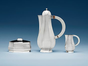 511. A Wiwen Nilsson three pieces of sterling coffee service, Lund 1945-46.