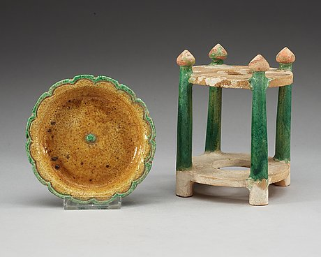 A green and yellow glazed dish and green glazed stand, liao (916-1125) and ming dynasty (1368-1644).