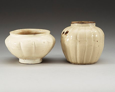 A white glazed bowl and a chizhou vase, song (960-1279) and yuan dynasty (1271-1368).